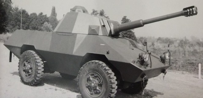 MOWAG MR 8-23